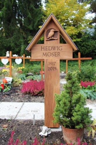 Nr.2842 Eichenkreuz mit Kupferdach Motiv: Eisvogel