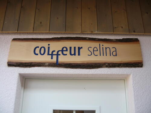 Nr: 4003 Coiffeur Selina